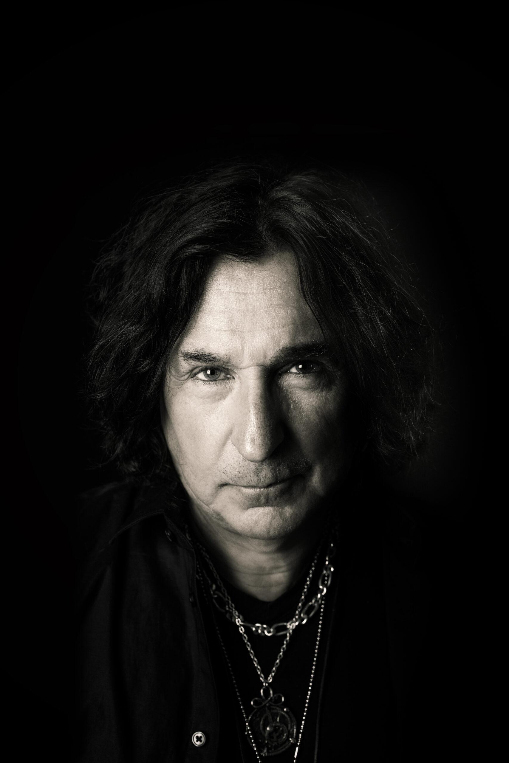 Tony Borg, guitarist, Alien